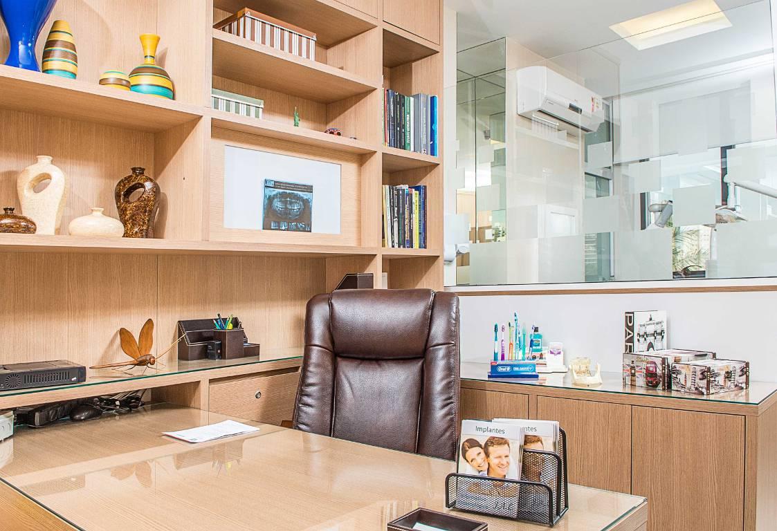 Projeto de um consultório de dentista clean e moderno.